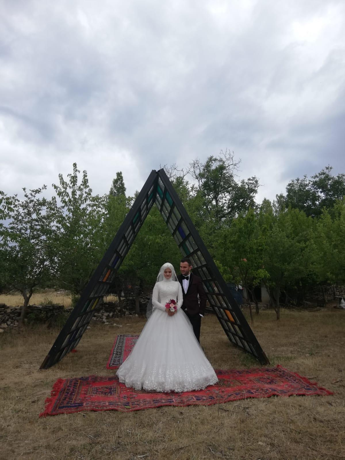 Fatih Dikmen ile Sema Kocael evlendiler