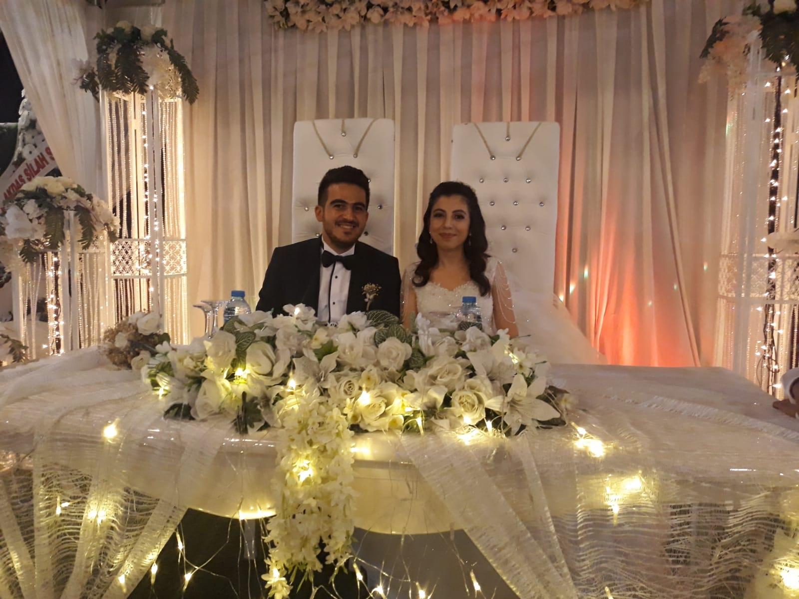 Gizem Ayşe Arıkan ile Yasin Akçay evlendiler
