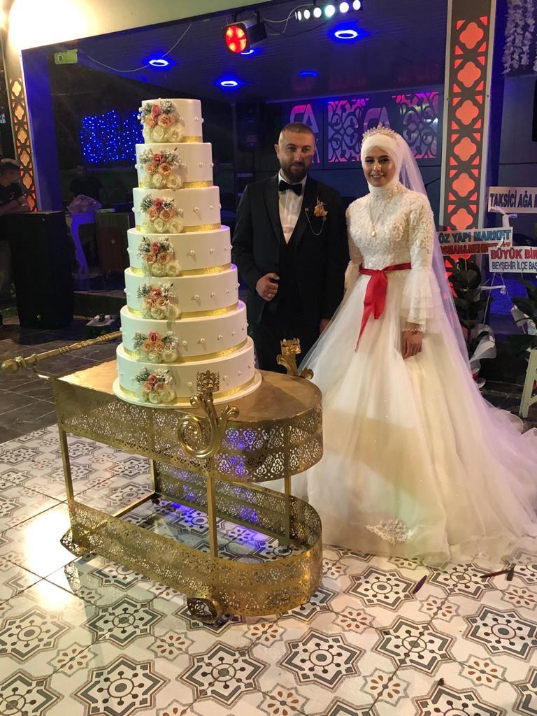 Elif Ballı ile Mustafa Ayar evlendiler
