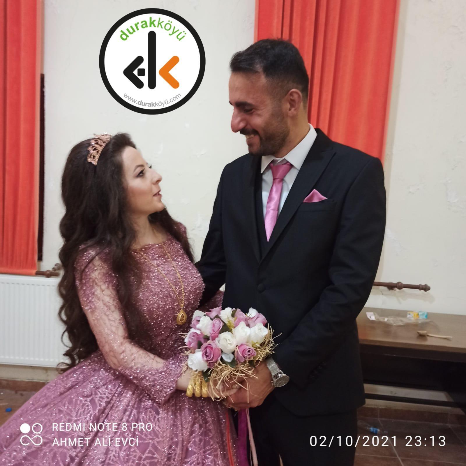 Hanim Gürbüz ile Okan Taşdelen nişanlandılar